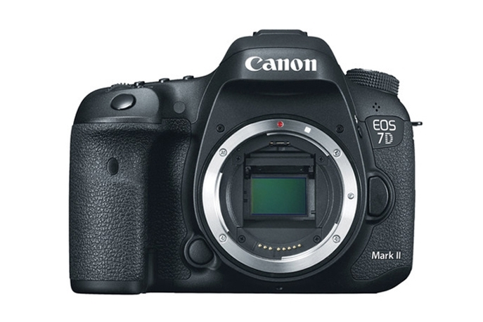 Купить Canon EOS 7D Mark II Body